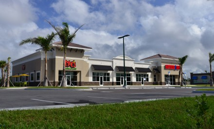 North Port Plaza (Moe's)